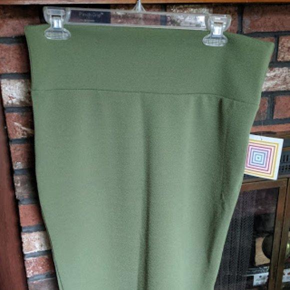 Lularoe Cassie Women's Green Skirt Large NWT